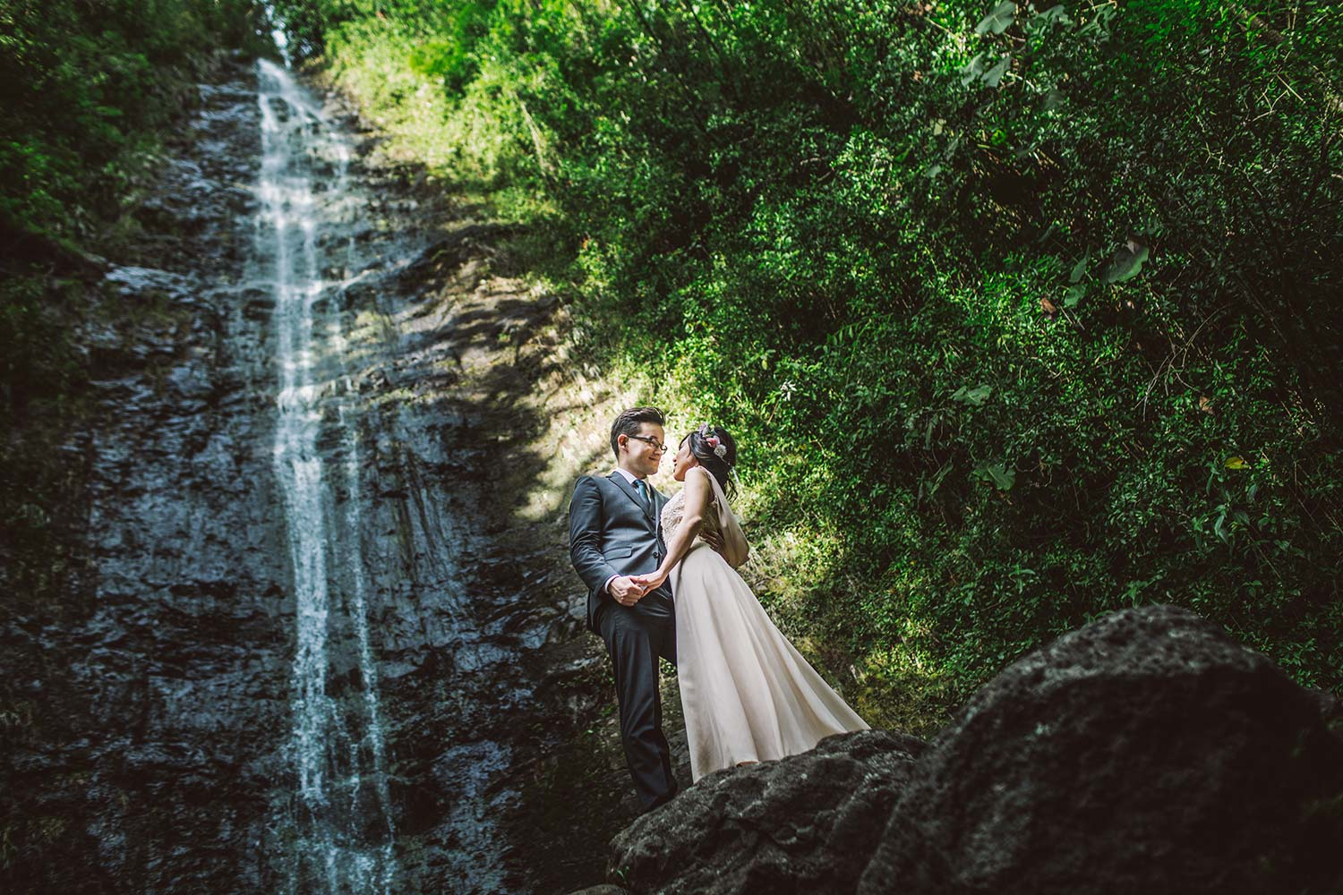 hawaii waterfall engagement (7)